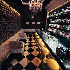 American restaurants. Elegant restaurant design. Exclusive restaurants. For more decor inspirations http://www.bocadolobo.com/en/inspiration-and-ideas/