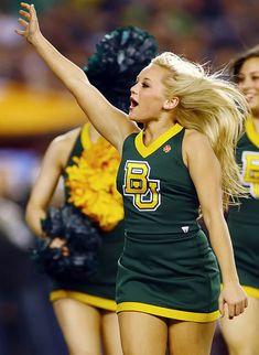 College Bowl Games, College Bowls, College Cheerleading, Cheerleading Pictures, Redskins Cheerleaders, Photography North Carolina, Professional Cheerleaders, Cheer Dance, Sport Girl