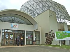 Main building at Nouville campus, University of New Caledonia - University of New Caledonia - Wikipedia Medical Science, Medical School, Social Science, Continuing Education, Higher Education, Study Island, Bachelor Of Laws, University Of The Pacific, Campus University