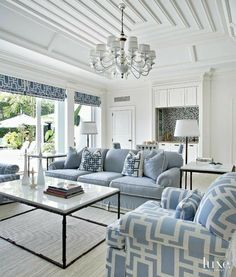 Blue And White Living Room components can add a touch of favor and design to any residence. Blue And White Living Room can mean many issues to many people… White Living Room, Beach House Interior, Home And Living, White Rooms, Living Room White, Coastal Living Rooms, Blue And White Living Room, House Interior, White Decor