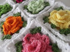 WEEK FOUR:   Granny Edge and Joining Squares  (For one sided pillow scroll to the bottom of post)     This step-by-step pattern/tutorial co...