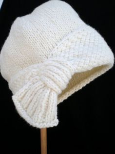PDF Pattern Women Knit Cloche Hat – Flapper Cloche Hat – Knitting patterns, knitting designs, knitting for beginners. Stitch Patterns, Knitting Patterns, Crochet Patterns, Scarf Patterns, Cloche Hat, Knitting Projects, Baby Knitting, Knitted Hats, Knit Crochet