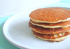Amandelmeel pannenkoekjes (koolhydraatarm). Eet jij koolhydraatarm? Probeer dan dit koolhydraatarme ontbijt! - Lowcarb pancake recipe. Easy to make and so delicious!