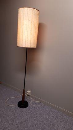 Stålampe   FINN.no Teak, Table Lamp, Lighting, Home Decor, Table Lamps, Decoration Home, Room Decor, Lights, Home Interior Design