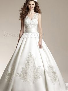 Glamorous Ball Gown Lace V-Neck Court Train Wedding Dress Wedding Dresses 2014 #dresswereviews #dressweweddingdress