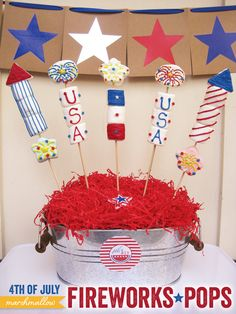 DIY Tutorial: of July Marshmallow Fireworks Pops. This would be cute on a table for smores. just pull off a marshmallow 4th Of July Desserts, Fourth Of July Food, 4th Of July Fireworks, 4th Of July Celebration, 4th Of July Party, July 4th, Desserts Diy, Fireworks Art, Summer Desserts