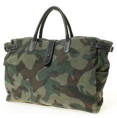 camo purse for you Camo Fashion, Fashion Bags, My Bags, Purses And Bags, Tote Bags, Camo Purse, Leather Briefcase, Handbags, Pink Leather