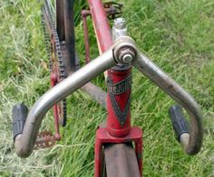 1917 Iver Johnson Cushion Truss Frame Track Racer – The Online Bicycle Museum Bicycle Painting, Bicycle Race, Old Bikes, Vintage Bicycles, Cushions, Museum, Frame, Beautiful, Nice