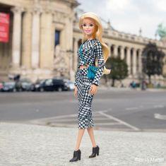 47.3 тыс. отметок «Нравится», 273 комментариев — Barbie® (@barbiestyle) в Instagram: «All of the most fabulous shows take place at Le Grand Palais, c'est chic!  #pfw #barbie…»