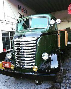 Hot Rod Trucks, Gmc Trucks, Cool Trucks, Pickup Trucks, Freight Truck, Train Truck, Cab Over, Truck Engine, Vintage Trucks