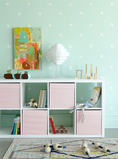 MAKE THIS: Dots + Dollops wall for a kid's room with Colorhouse paint