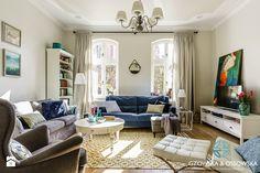 Apartament w kamienicy z 1905r. - Salon, styl klasyczny - zdjęcie od Gzowska&Ossowska Pracownie Projektowania Wnętrz