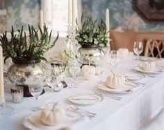 Fall entertaining - with white pumpkins - gorgeous!