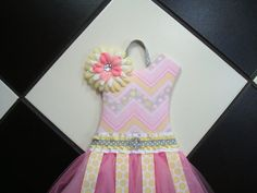 Hey, I found this really awesome Etsy listing at https://www.etsy.com/listing/203403916/boutique-tutu-hair-bow-holder-chevron