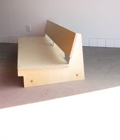 Low couch - WAKA WAKA is a project focusing on furniture and utilitarian objects designed and handmade by Shin Okuda