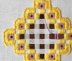Part four of the tutorial shows how to do needle weaving and a Dove's eye to finish off the hardanger embroidery project. Hardanger Embroidery, Paper Embroidery, Embroidery Stitches, Embroidery Patterns, Crochet Doily Patterns, Bead Loom Patterns, Crochet Doilies, Types Of Embroidery, Learn Embroidery