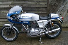'75 900SS. Old, new, classic, modern, slightly smudged—there is just nothing on earth to compare with a Ducati when it comes to two-wheeled wonders.