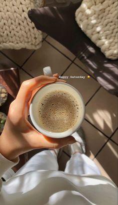 Mood Instagram, Instagram And Snapchat, Iphone Instagram, Aesthetic Coffee, Aesthetic Food, Creative Instagram Stories, Instagram Story Ideas, Mode Poster, Think Food