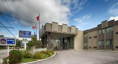 Best Western North Bay Hotel & Conference North Bay Near Lake Nipissing, the convenient Best Western in North Bay, Ontario offers easy access to local highways as well as comfortable guestrooms and enjoyable amenities.