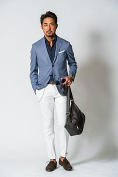 How to Wear White Chinos looks & outfits) Blue Blazer Outfit Men, Blazer Outfits Men, Trouser Outfits, White Pants Men, White Chinos, White Trousers, Mens Fashion Suits, Mens Suits, Men's Fashion