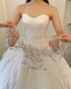 Unusual Wedding Dresses, Indian Wedding Gowns, Indian Bridal Outfits, Wedding Dresses For Girls, Princess Wedding Dresses, Bridal Dresses, Reception Gown, Designs For Dresses, Marie