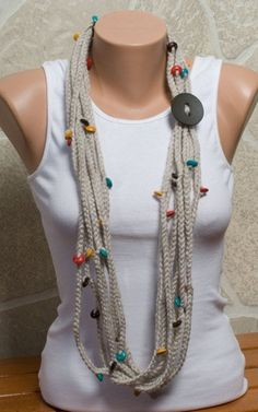 STONE Chain Scarf with wooden colorful beads. Crochet Chain Scarf, Crochet Motif, Knit Crochet, Crochet Patterns, Yarn Necklace, Knitted Necklace, Crochet Accessories, Women Accessories, Broomstick Lace