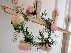 La Fleur Vintage: Elizabeth's Expert Advice: Floral Crowns