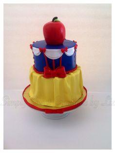 Snow White  theme cake...