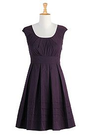 simple and beautiful - pleated cotton poplin dress in eggplant