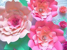 DIY plantillas de flores de papel gigantes y por CatchingColorFlies