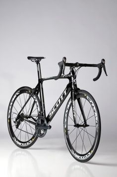Test bike gallery: Aero road frames love all black