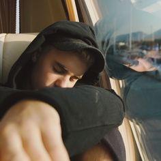 Deux nouvelles vidéos pour Justin Bieber; une voulue et l'autre non | HollywoodPQ.com
