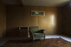 KRISTENSSON Tony - Série « Rummet » - Festival de la jeune photographie européenne