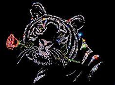 Rhinestone Art, Rhinestone Transfers, Dot Art Painting, Beautiful Wolves, Diamond Art, Button Art, Craft Items, String Art, Bead Art