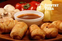 Crispy Balls, deliciosos pampers fritos rellenos con queso y salsa de la casa
