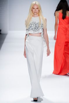Vivienne Tam Spring 2014 Ready-to-Wear Collection Slideshow on Style.com