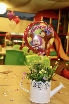Fiesta Masha y el Oso Sunshine Birthday, Bear Birthday, 3rd Birthday, 2nd Birthday Party Themes, Birthday Decorations, Marsha And The Bear, Bear Decor, Bear Party, Garden Birthday