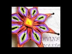 Talleres de Mandalas Tejidos - YouTube Mandala Art, Tibetan Mandala, Gods Eye, Weaving Textiles, Stone Art, Xmas Decorations, Diamond Shapes, Fiber Art, Dream Catcher