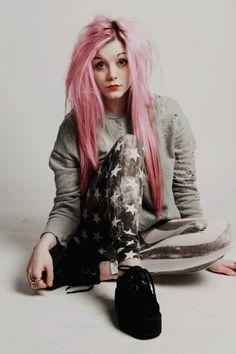 Star leggings, grey sweat shirt, black creepers & pink pastel goth hair