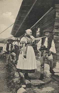 Pavol Socháň: Manželia v Stankovanoch Slovakia Folk Costume, Costume Dress, Do Homework, Historical Pictures, World Cultures, Czech Republic, Alter, Old Photos, Folk Art