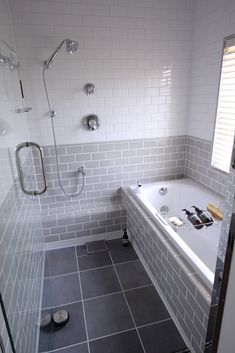 Tips How To Walk In Tubs and Showers Can Make Life Easier - Bathroom Ideas - lmolnar - Best Design and Decoration You Need House Design, House Bathroom, Soaking Tub Shower Combo, Bathroom Renos, Bathroom Tub Shower Combo, Bathroom Interior, Japanese Bathroom, Tub Shower Combo, Small Bathroom Remodel
