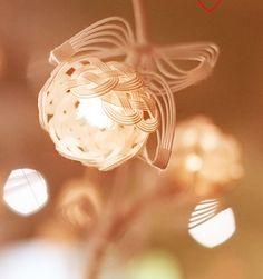 和工房 包結とは | 京都 水引工房 和工房 包結 Diy And Crafts, Arts And Crafts, Paper Crafts, Japanese Taste, Japanese Style, Japanese New Year, Weaving Art, Weaving Designs, Wire Art