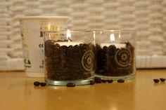 Somista kahvipöytää vanhoilla kynttiläpurkeilla! #kahvi #pavut #coffee #jars #recycle #kierrätys
