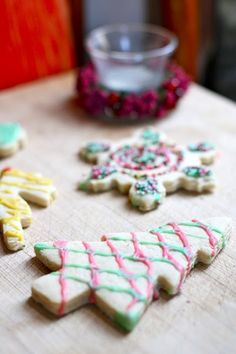 Are you vegan?  Enjoy these simple vegan #Christmas Cookies  #Recipes