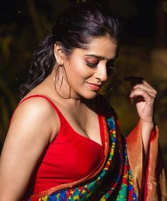Most Beautiful Bollywood Actress, Bollywood Actress Hot, Beautiful Indian Actress, Beautiful Actresses, Beautiful Girl Photo, Beautiful Asian Girls, Beauty Full Girl, Beauty Women, Indian Girls Images