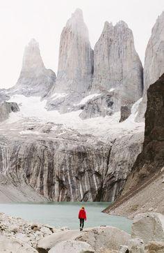 Mirador Las Torres no Parque Nacional Torres del Paine, Chile. /