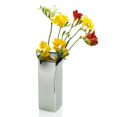 The Alessi Pinch Vase is absolutely unique and crafted from stainless steel. Inspired by a milk carton, the pinched lip of this modern vase makes your floral displays look incredible. Flower Vase Design, Flower Vases, Flowers, Flower Arrangement, Wooden Vase, Metal Vase, Vase Centerpieces, Vases Decor, Vase Decorations