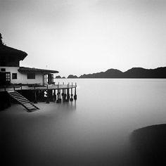 Serenidade. Resort Misool Eco, na Papua Ocidental, Indonésia