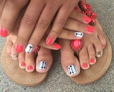 #pedicures #arrows #glitter #brightonbeautybar Nail Design, Nail Art, Nail Salon, Irvine, Newport Beach