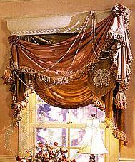 Оформление окна, драпировка в стиле ампир